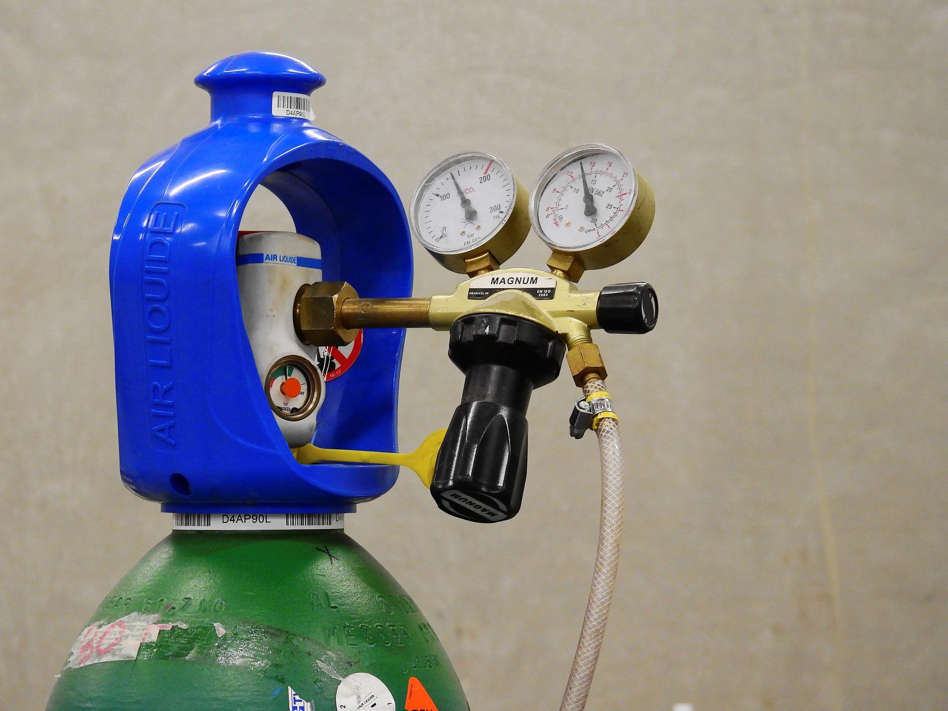 Б.8.25. Наполнение, техническое освидетельствование и ремонт баллонов для хранения и транспортирования сжатых, сжиженных и растворенных под давлением газов, применяемых на опасных производственных объектах